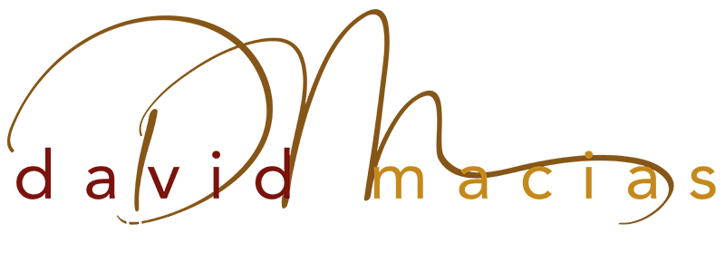 Macias Pet Photo Logo